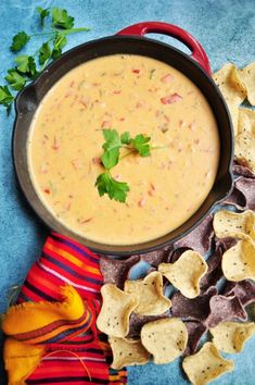 Ten ingredients and 20 minutes are all you need for this velvety, rich, and dangerously addictive Tex-Mex Chili Con Queso recipe. It's also gluten-free. Mexican Food Recipes, Healthy Recipes, Ethnic Recipes, Delicious Recipes, Healthy Food, Free Recipes, Mexican Cooking, Mexican Dishes, Sweets Recipes