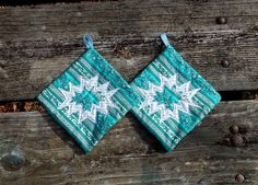 Green Christmas Snowflake Pot Holder Set of 2 by marylandquilter