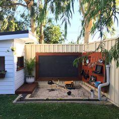 Diy Outdoor Play Areas For Kids Backyard Ideas Playground Design, Backyard Playground, Backyard For Kids, Backyard Projects, Garden Kids, Pallet Projects, Vegetable Garden, Patio Garden Ideas On A Budget, Patio Diy