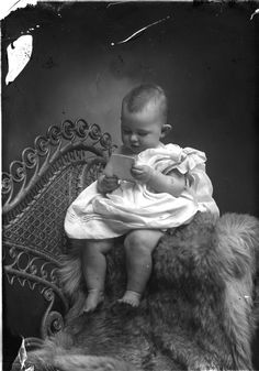Untitled from Holsinger Studio Collection · Holsinger's Studio (Charlottesville, Va.) · 1890-1938 · Albert and Shirley Small Special Collections Library, University of Virginia.