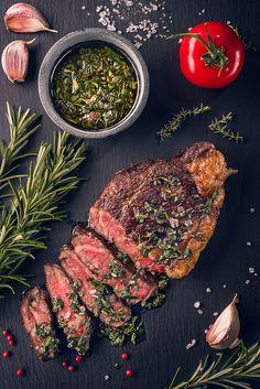 grilled pork steaks Juicy tender sous-vide grilled irish beef rump steak with fresh herbs Grilled Pork Steaks, Rinder Steak, Chicken Steak, Juicy Steak, Rump Steak Recipes, Ground Beef Recipes, Grilling Recipes, Meat Recipes, Dinner Recipes
