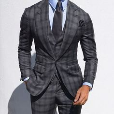 men suits business -- Click Visit link above to read Best Suits For Men, Cool Suits, Mens Fashion Suits, Mens Suits, Mode Costume, Designer Suits For Men, Well Dressed Men, Suit And Tie, Wedding Suits