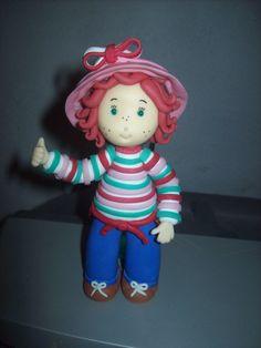 Topo para bolo boneca Moranguinho biscuit.