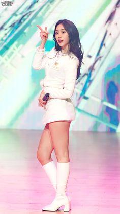 #Lovelyz #Jisoo #Jiddu #SeoJisoo #SeoJiddu #photo #picture #러블리즈 #지수 #지뚜 #서지수 #서지뚜 #포터 #사진 Seo Jisoo, Mini, Dresses, Fashion, Vestidos, Moda, Fashion Styles, Dress, Fashion Illustrations