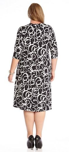 Artsy Black and White Plus Size Artistic Ring T-shirt Dress Resort 2015  #Resort_2015 #Resort2015 #Karen_Kane #Plus_Size #Black_and_White #Artistic #Ring #T_Shirt #Dress #Plus #Fashion