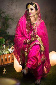 Punjabi suit Get this beautiful suit made at design studio kindly… Sikh Bride, Sikh Wedding, Wedding Suits, Wedding Attire, Bride Indian, Wedding Wear, Indian Wear, Destination Wedding, Indian Bridal Fashion