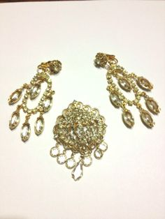 All Dressed Up! or  Snow, Snow Go Away ***** by Chris on Etsy Outstanding vintage pieces in this treasury, https://www.etsy.com/treasury/MTIxNjgzMjR8MjcyMzE2MDM5Mw/all-dressed-up-