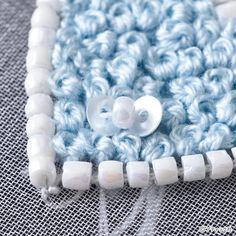 オートクチュールビーズ刺しゅう「プチハートのタックピン」の作り方|ぬくもり Merino Wool Blanket