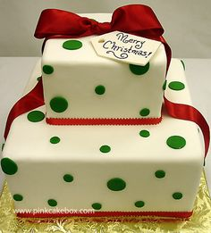 Christmas Gift Box Cake by Pink Cake Box in Denville, NJ. More photos at http://blog.pinkcakebox.com/christmas-gift-box-cake-2007-12-23.htm #cakes