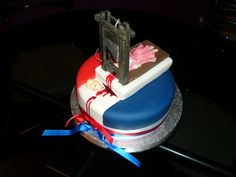 Bastille Day cake This cake was a commission for a Bastille day party. It features a fully functional edible guillotine with a beheaded Marie Antoinette. Storming The Bastille, Happy Bastille Day, Teacher Cakes, Brothers In Arms, French Revolution, Cute Cakes, The Conjuring, Let Them Eat Cake, Party Gifts