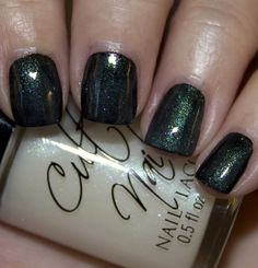 Doppelganger is a multi-colored shimmer featuring mainly green, pink, blue and purple shimmer.