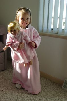 Girls nightgown Cindy Lou Who pink fleece by GrandmaJcollection
