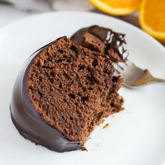 Deliciously moist and fluffy chocolate bundt cake infused with orange, and topped with a rich and creamy dark chocolate orange ganache!