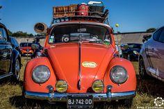VW Coccinelle aux Grandes Heures Automobiles. #MoteuràSouvenirs http://newsdanciennes.com/2016/09/26/les-grandes-heures-automobile-2016-du-tres-beau-sur-lanneau/