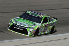 Kyle 15th  --  Starting lineup for Duck Commander (Texas-Apr.) 500 | Photo Galleries | Nascar.com