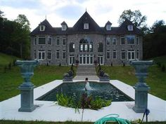 Lion Heart Chateau, wedding venue in beautiful West Virginia. Why do all the best places have to be not where I am?