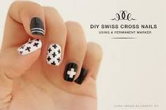 Resultado de imagen de swiss cross decor Cross Nail Art, Cross Nails, Beauty Nails, Diy Beauty, Fashion Beauty, Crosses Decor, Mani Pedi, Easy Crafts, Finger