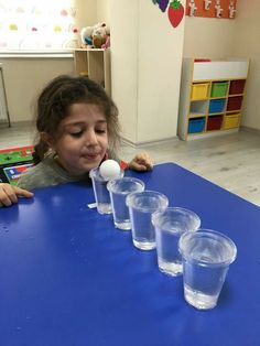 The best Easy Activities for Kids at home. Cheap and easy to set up indoor activities using common household items and/or recycled materials Kindergarten Games, Activity Games, Preschool Activities, Oral Motor Activities, Preschool Music, Family Activities, Indoor Activities For Kids, Toddler Activities, Crafts For Kids