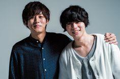 底知れない才能と魅力があふれ出る、まさに時代を代表する存在の松坂桃李さんと菅田将暉さん。役の向こう側にある、素顔に接近します。