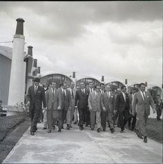 Presidente Juscelino Kubitschek em inauguração de fábrica da Olivette.