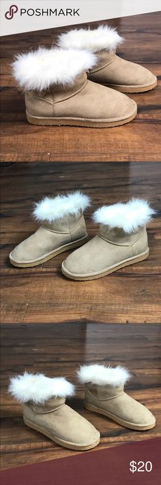 """💥Divided tan suede furry soft boots/ slippers Divided tan suede furry ankle boots/ slippers •Tan suede on the outside •Fur lining & footbed •The (faux) fur is SO soft and feathery! •Only worn once around the house-excellent condition-like new! •Can be worn as boots or slippers •5.5"""" tall •Size 6  🍂Check out similar boots in my closet 🍂 ⚜️Same/ next day ship ⚜️ 🐲 Smoke-free 🐲  I do not discuss price in the comments, use the offer button please Divided Shoes Ankle Boots & Booties"""