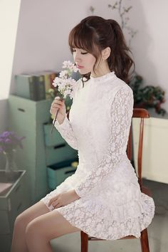 Japanese Style - Small stand-up collar long-sleeved lace dress