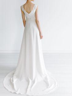 Holsen – Tuva Listau Formal Dresses, Wedding Dresses, Fashion, Bride Gowns, Wedding Gowns, Moda, Formal Gowns, La Mode, Weding Dresses