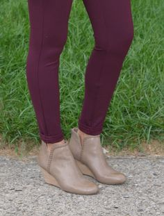 That Chic Mom-Styling the Short Boot for Fall Short Boots, Mom Style, Ankle Boots, Wedges, Shorts, Chic, Fall, Women, Fashion
