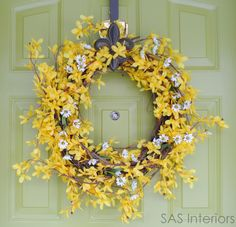 Forsythia Wreath - LOVE, LOVE, LOVE forsythia but it only last for such a short time, here's a way I can enjoy it all spring and summer!
