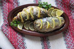 Розкажу вам, як нібито банальну страву перетворити у святкову, та й ще за невеликі гроші. Сьогоднішня наша героїня – скумбрія. Порівняно з іншою рибою, коштує небагато, дуже смачна і поживна. Sausage, Meat, Food, Sausages, Essen, Meals, Yemek, Eten, Chinese Sausage