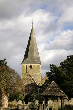 St James @ Shere