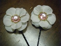 White flower hair pins  pink gems  hair by raleighbeauty on etsy, $6.50