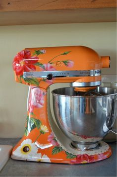 Un Amore Painted Mixer.