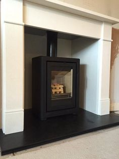 The Contura FS Modern with The Brompton Limestone surround Pellet Fireplace, Wood Burner Fireplace, Pellet Stove, Fireplace Mantels, Log Burner Living Room, Kitchen Living, Open Kitchen, Living Rooms, Fire Surround