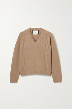 Gucci's sweater has been cable-knitted in Italy from camel wool that's super soft. It has a relaxed fit and is ribbed along the V-neckline, cuffs and hem. Show off the 'GG' logo embroidery at the back by sweeping your hair into a sleek ponytail. Gucci Outfits, Kpop Fashion Outfits, Girl Outfits, Cable Sweater, Wool Sweaters, Cable Knit, Knit Fashion, Girl Fashion, Gucci Shoulder Bag