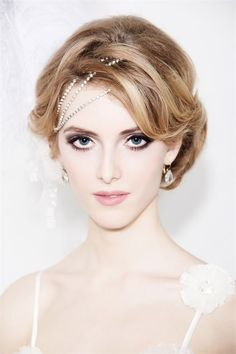 Are You Presently Interested In Pictures Of The Top Wedding Hair Styles Ideas For Your Wedding Party? You Might Have Come To The Best Place, Just Click The Picture And You Are Able To Get Tons Of Wedding Hairstyles Photos. Best Wedding Hairstyles, 2015 Hairstyles, Retro Hairstyles, Short Hairstyles For Women, Headband Hairstyles, Bob Hairstyle, Bridesmaid Hairstyles, Haircuts, Diy Bridal Hair