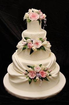 The cake show: l'intervista alla star italiana del cake design! Amazing Wedding Cakes, Elegant Wedding Cakes, Wedding Cake Designs, Amazing Cakes, Mini Wedding Cakes, Exotic Wedding, Elegant Cakes, Wedding Vintage, Purple Wedding