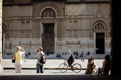 Passing by Piazza Maggiore by @Asgeir Pedersen, via Flickr