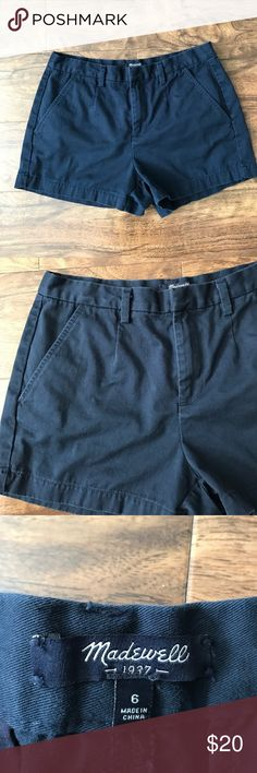 """MADEWELL navy blue tailored shorts 6 100% cotton. No stains or tears. Some pilling on back (as pictured). Measurements taken while item is lying flat: waist: 15"""". Hips: 19"""". Inseam: 3"""". Top to bottom of shorts: 12"""". Madewell Shorts"""