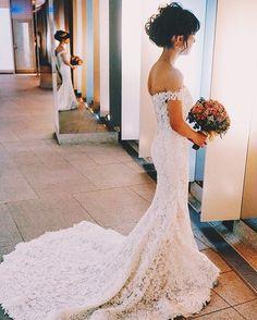 WEBSTA @ chihirooohs - こちらもyuudaiさんからいただいたお写真です☺二次会会場の前で待機している時。こんなに綺麗に撮っていただいたの初めてかもしれません(笑)#ウェディング#ウェディングドレス #結婚#結婚式#国際結婚#muse5cco #marry卒花嫁 #卒花#2016冬婚#ちーむ1224#marryxoxo #二次会#原宿#キュリ#weddingdress #東郷記念館 #東郷神社#ごっこがーるす