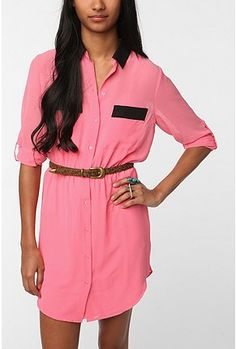 This would be great for work in the Spring with a different belt and some cute black flats