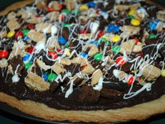 Girl Scout cookie dessert pizza. Yum!