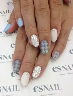♥♥♥… houndstooth nails
