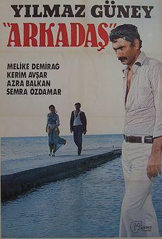 Arkadaş; Yılmaz Güney... Arayıp da bulamadığınız tüm orijinal film afişleri için bize ulaşmanız yeterli...
