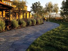 Walkway Paving Stones Gallery | Brick Walkways | System Pavers