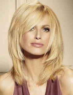 coiffure femme : coupe de cheveux mi long                                                                                                                                                                                 Plus