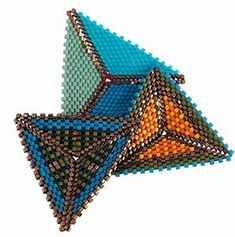 Peyote triangles, Kate McKinnon 2012 | CONTEMPORARY GEOMETRIC BEADWORK