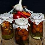 Marynowane pomidory koktajlowe Vegetables, Food, Essen, Vegetable Recipes, Meals, Yemek, Veggies, Eten