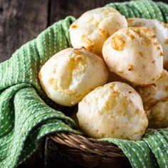 Authentic Brazilian Cheese Bread (Pão de Queijo)