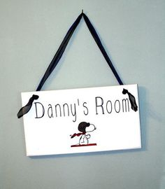 Custom Signs for Kids' Rooms